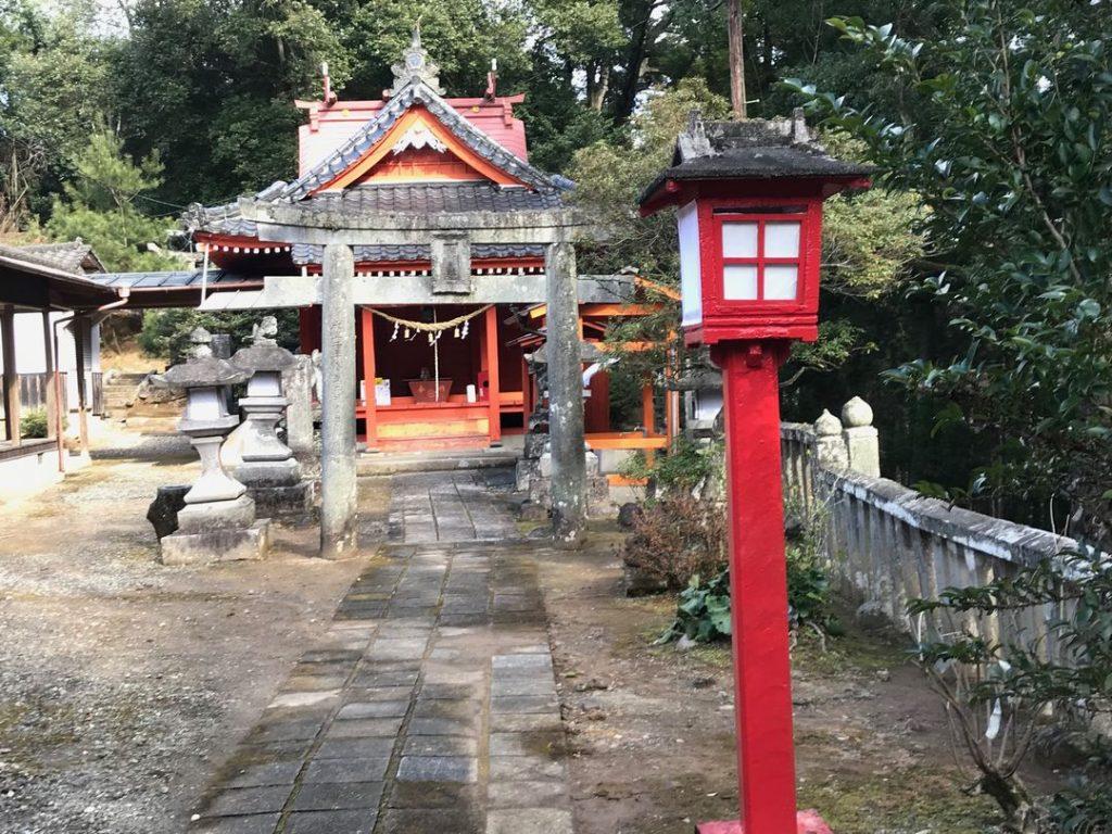 萩尾稲荷神社