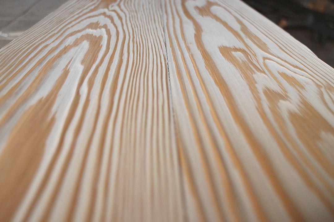 純白うづくり床板杉